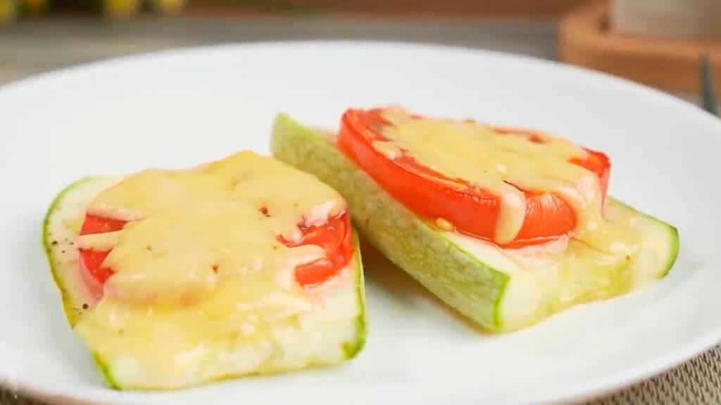 рецепт из кабачков с помидорами и сыром