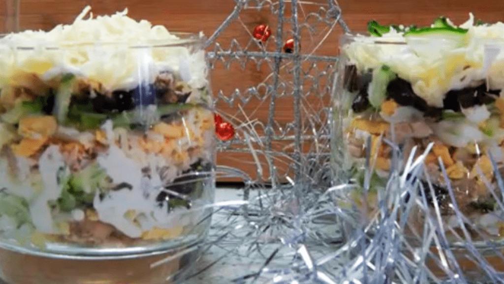 Салат из чернослива с грецкими орехами