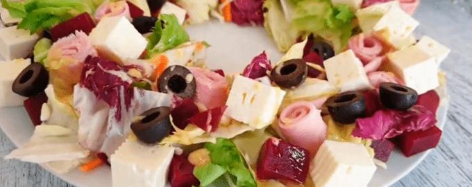 Легкий салат на 8 марта