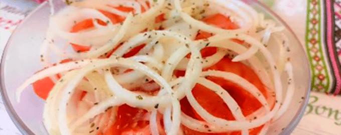 овощная закуска к шашлыку из лука и помидоров